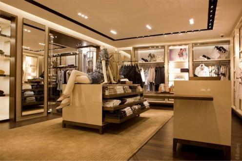 Съвременен Burberry бутик в Париж