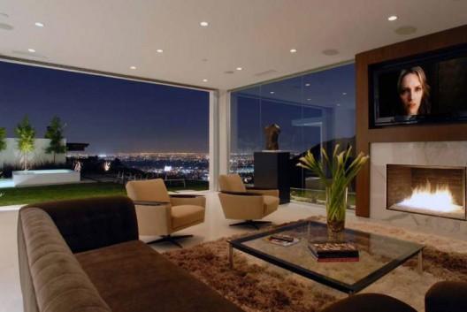 Невероятния дом на Матю Пери в Лос Анджелис